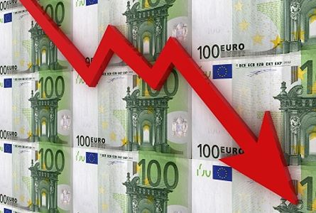 Euro Falling in Value - Fiat Currency
