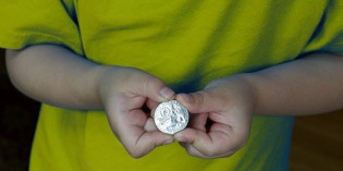 Kid Coin Dealers Trade at US Mexican Numismatic Association Convention. VIDEO: 2:55