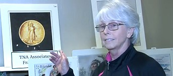 Numismatic Artist Sue Bauman Attends PCDA Currency Convention. VIDEO