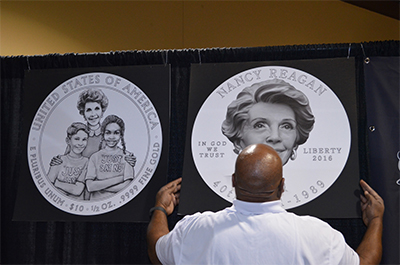 James Pressley unveils Nancy Reagan First Spouse gold coin obverse and reverse designs. Photo: Donn Pearlman