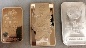 Fake PAMP Suisse gold bars for comparison