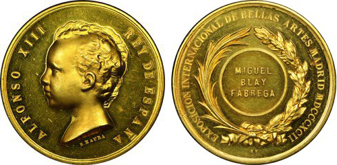 close up of Miguel Blay Fabrega gold medal