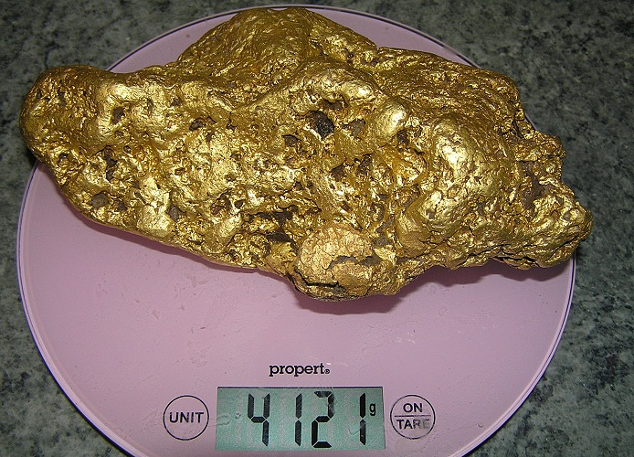 Friday's Joy gold nugget cleaned and weighed. Image courtesy Minelab