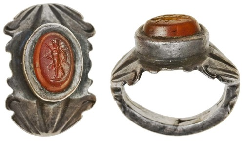 Ancient Roman carnelian ring with figure of Mars. Images courtesy Spink Auctions