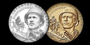 Coin Designer Joel Iskowitz Wins Award for Borinqueneers Congressional Gold Medal