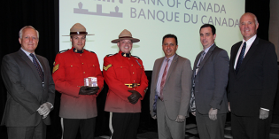 Bank of Canada Gives Award to RCMP's Counterfeit Enforcement Team